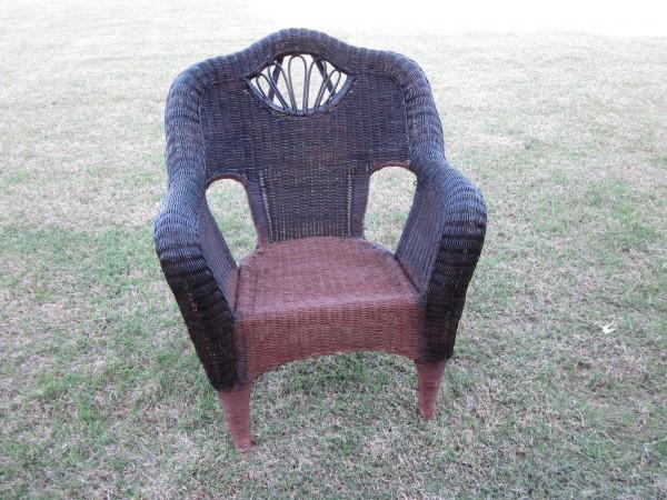 Wicker Chair Redo- Sondra Lyn at Home