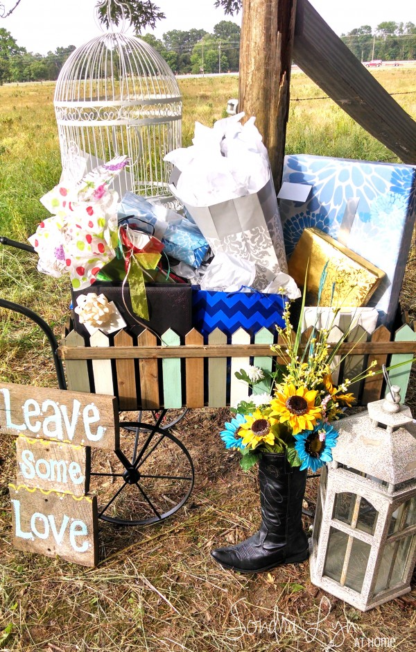 Gift Cart--A Country Wedding-- Sondra Lyn at Home