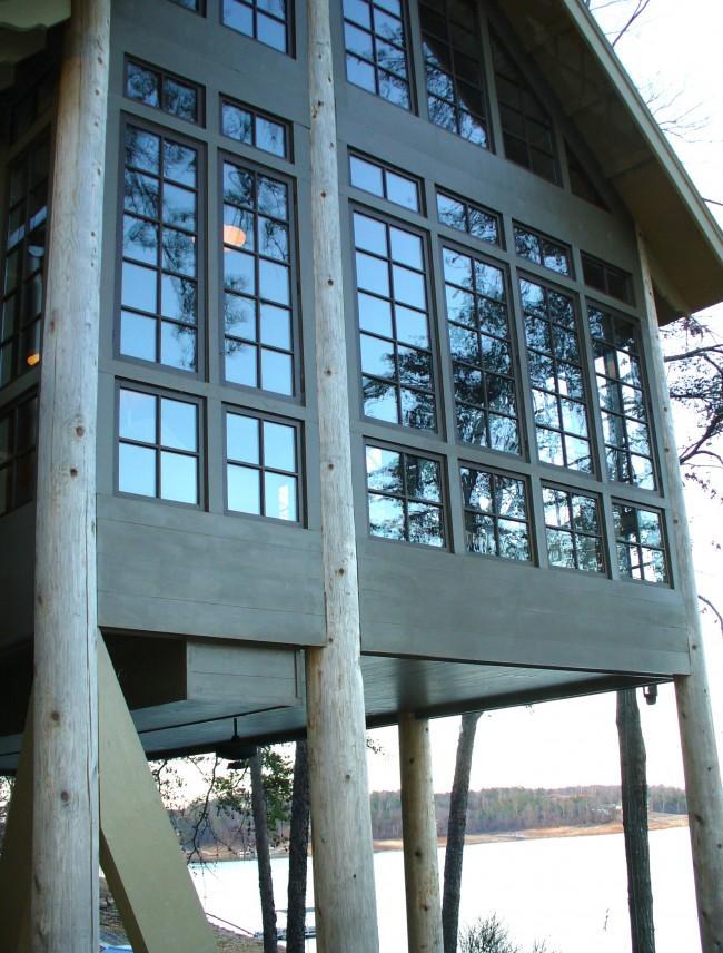 Lake House '7 Sticks' - Sondra Lyn at Home.com