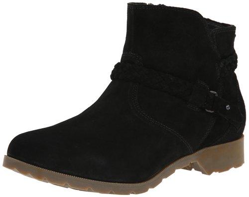 teva-boot-fashion-friday-sondra-lyn-at-home