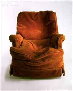 Worn_Out_Chair