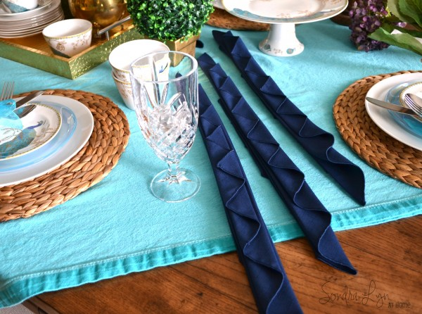 Peacock Napkin Fold--Sondra Lyn at Home