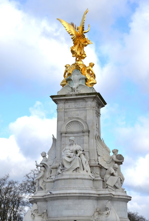 Queen Victoria Monument - Sondra Lyn at Home.com