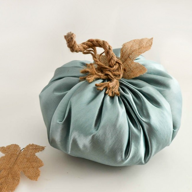how-to-make-a-fabric-pumpkin-by-sondra-lyn-at-home-com-thumbnail