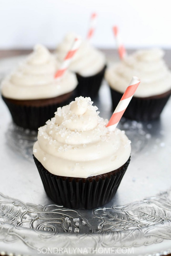 coca-cola-cupcakes-with-cream-cheese-frosting-at-sondra-lyn-at-home