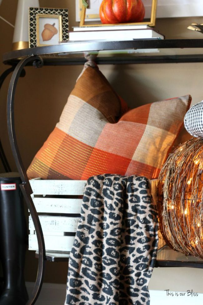 diy-fall-throw-pillows-with-cloth-napkins-fall-entryway-fall-table-linens-fall-decorating-this-is-our-bliss2